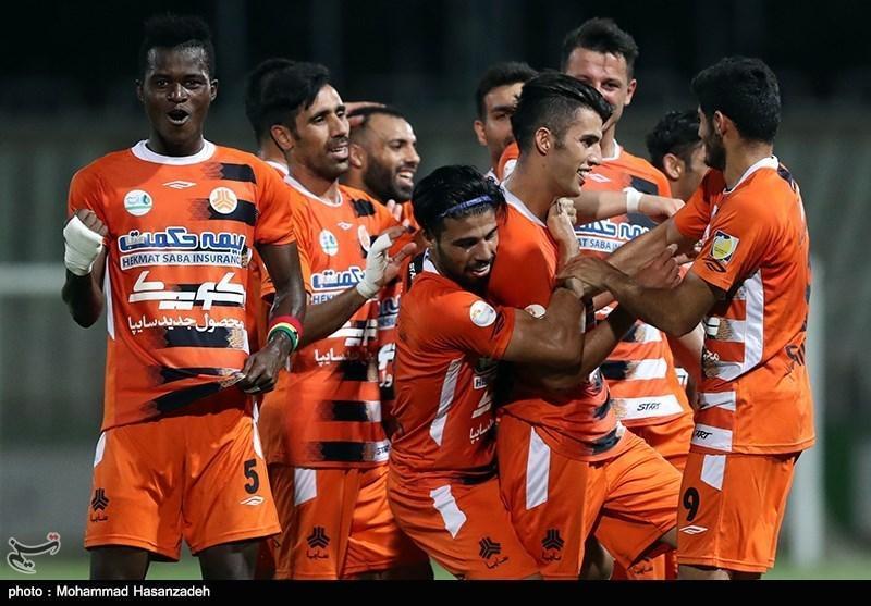 لیگ برتر فوتبال، برتری سایپای 10 نفره مقابل نفت در اولین حضور علیرضا مرزبان، سومین شکست ذوب آهن در خوزستان رقم خورد